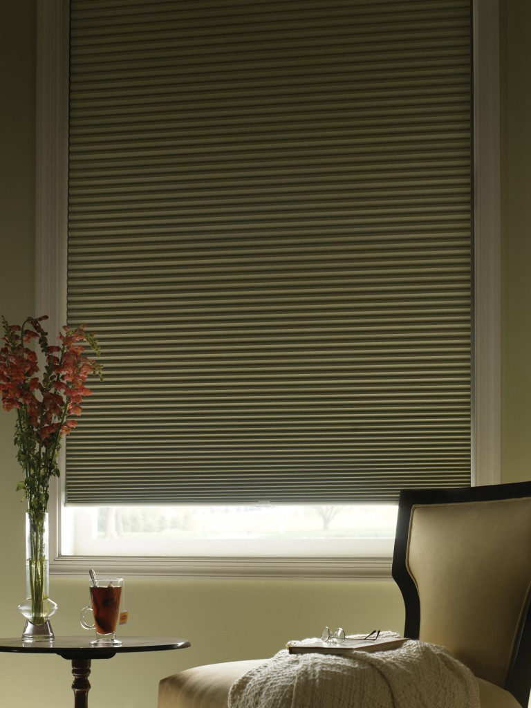 Best blackout blinds for better sleep and privacy homesfeed for Best blackout window treatments