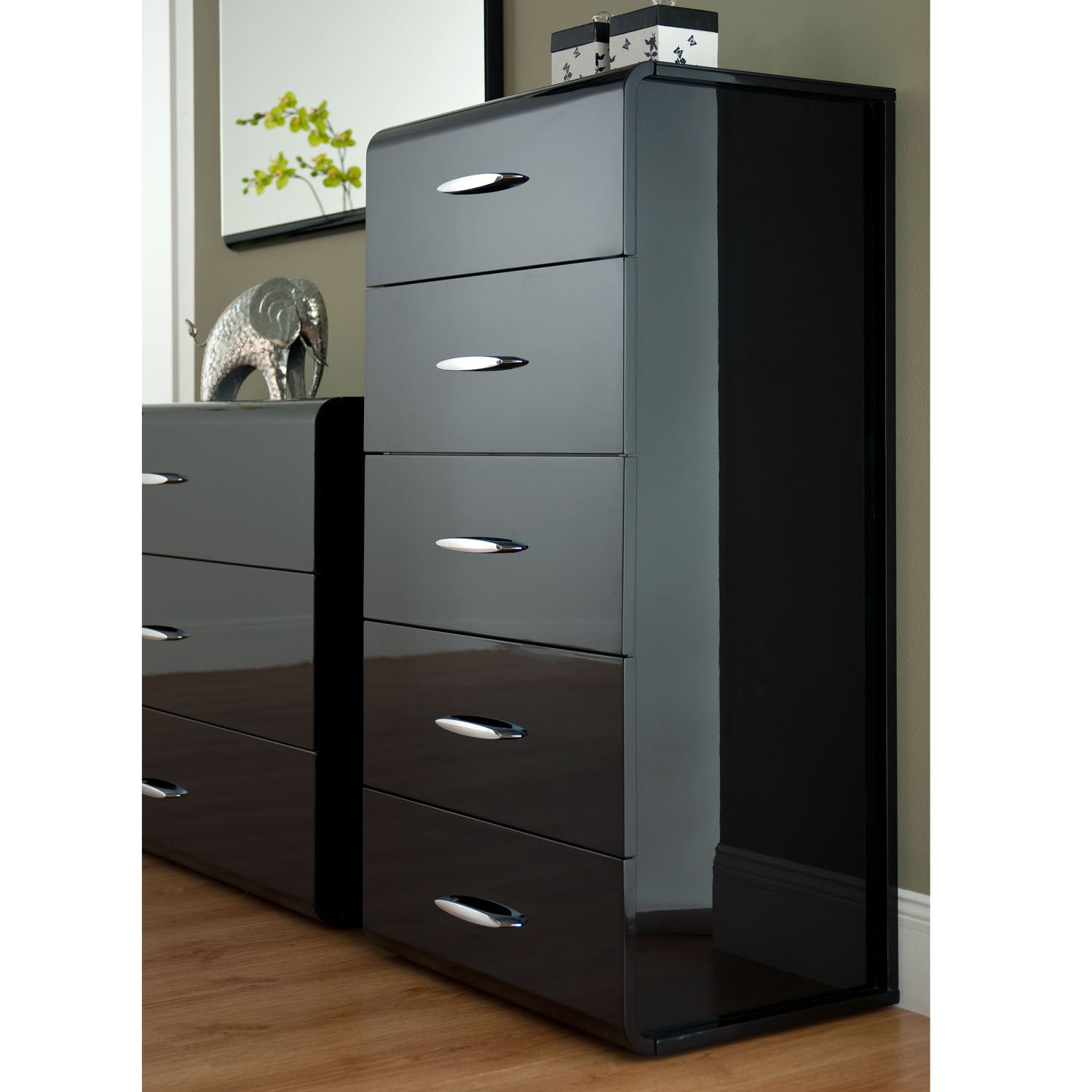 Black Tall Dresser Ideas That Will Improve Your Interior