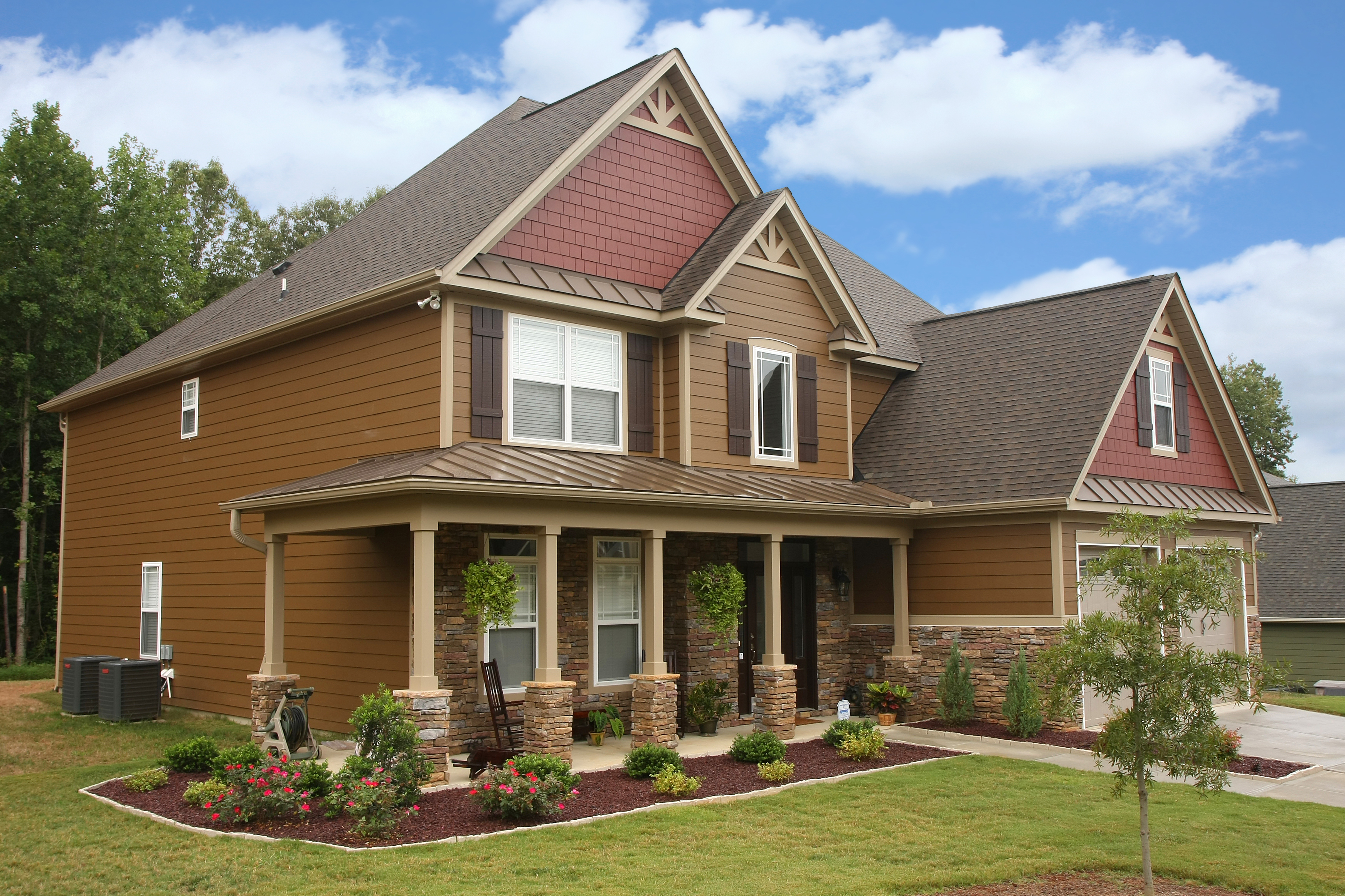 Most popular types of siding for homes homesfeed for Most popular house styles