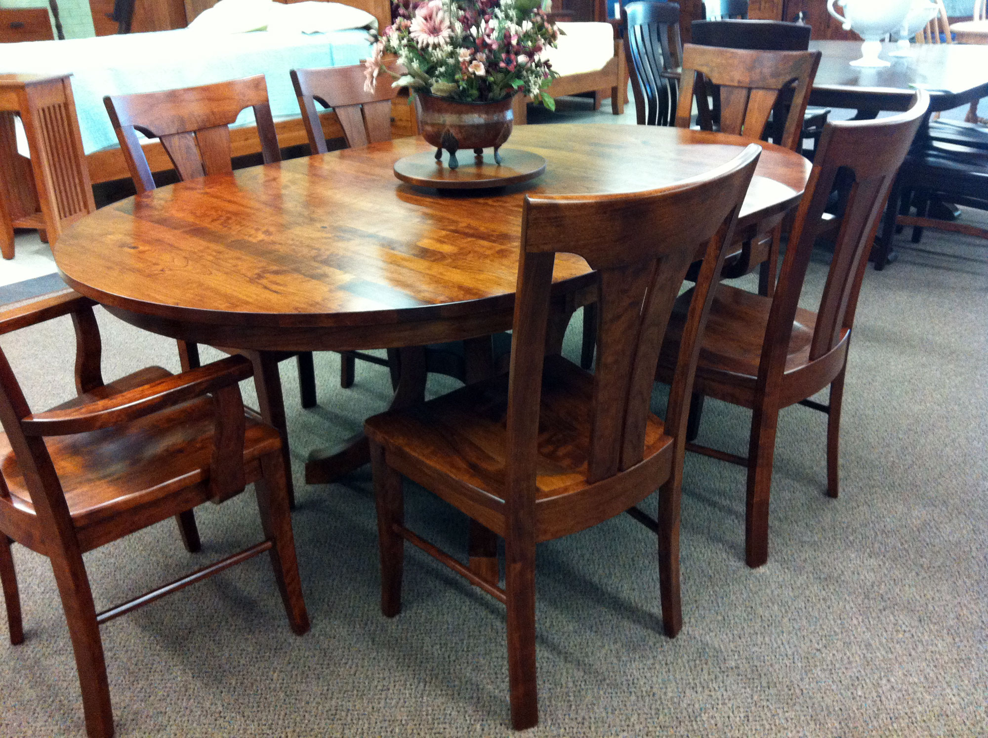 Fully Polished Classic Wooden Round Dining Room Table For 6 Set Classice Sturdy Chairs