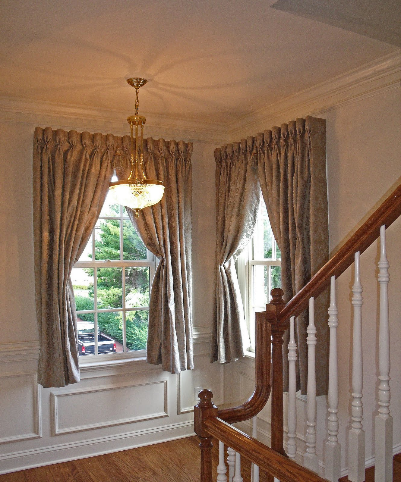 Decorating ideas to window treatments for casement windows High ceiling window treatments
