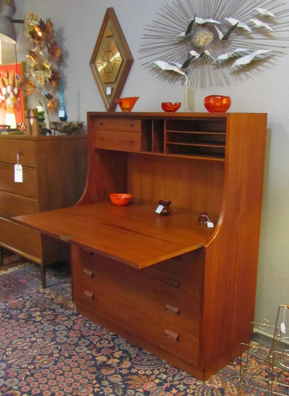 Secretary Office Room Design