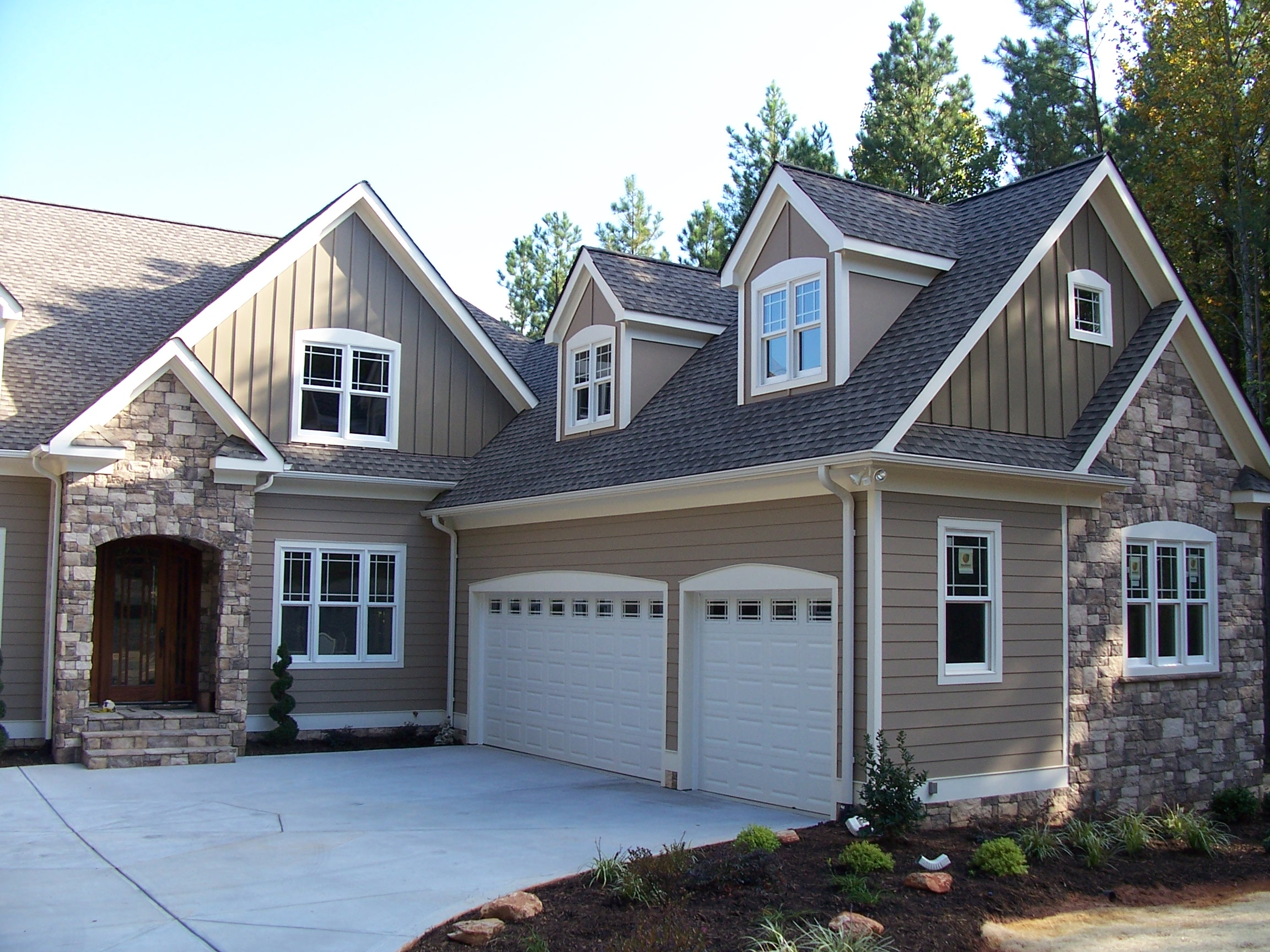 house color windows door garages road rocks - Exterior House Colors Grey