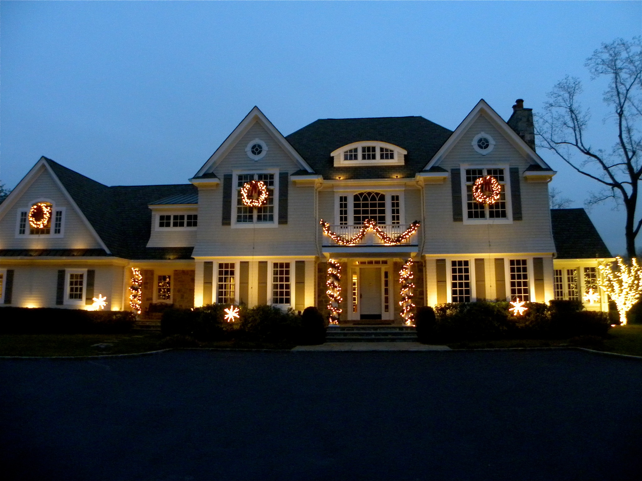 outdoor holiday lighting ideas. House String Lamps Lights Plants Windows Tree Door Outdoor Holiday Lighting Ideas R