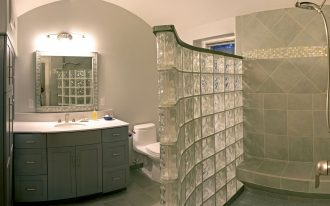inspiration-bathroom-awesome-glass-block-divider-bathroom-and-gray-vanities-single-sink-mirrored-also-white-toilet-designs-in-master-bathroom-concepts-debonair-master-bathroom-layouts-remodels-and-d