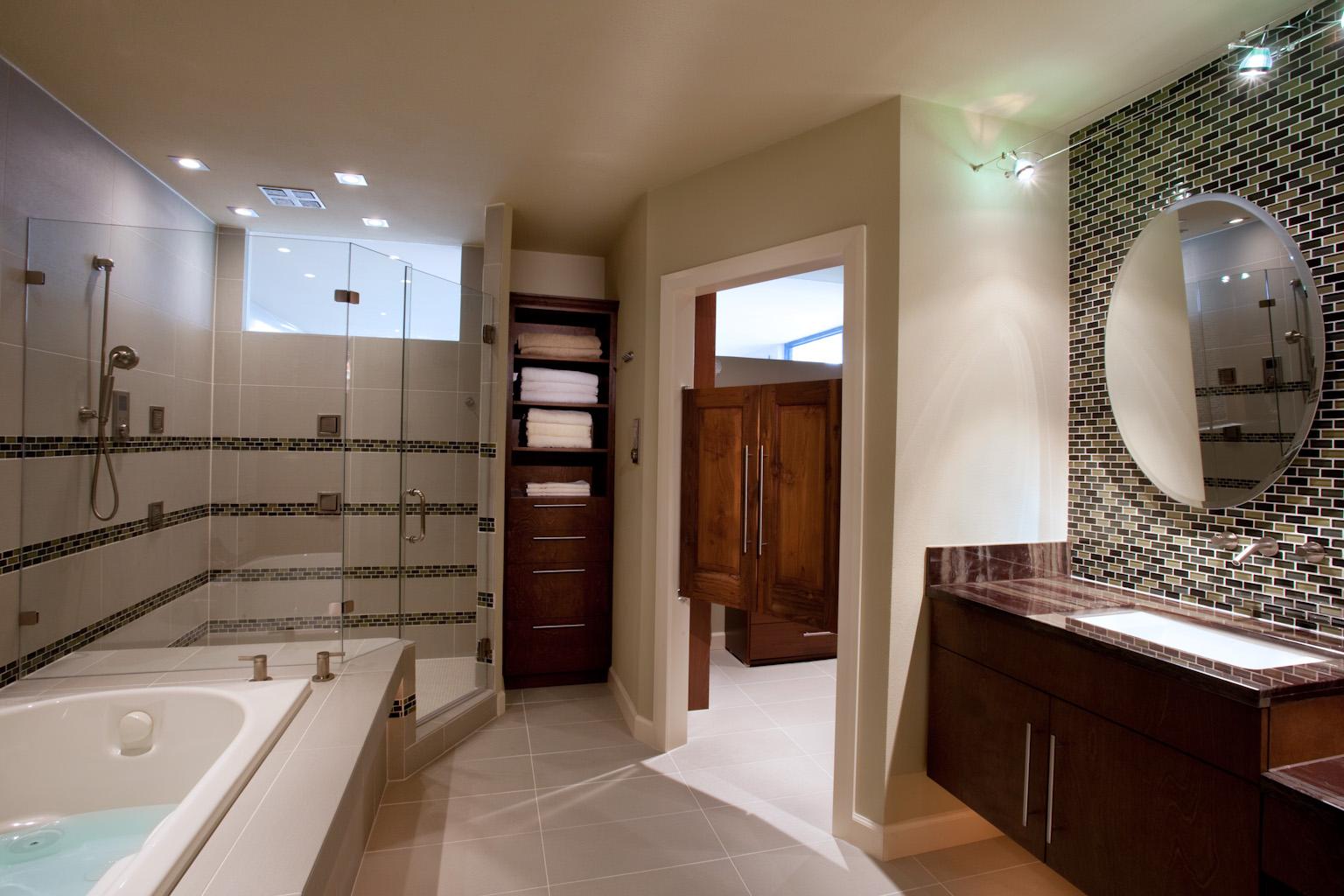 Find your best interior decorator houston homesfeed for Bathroom designs houston