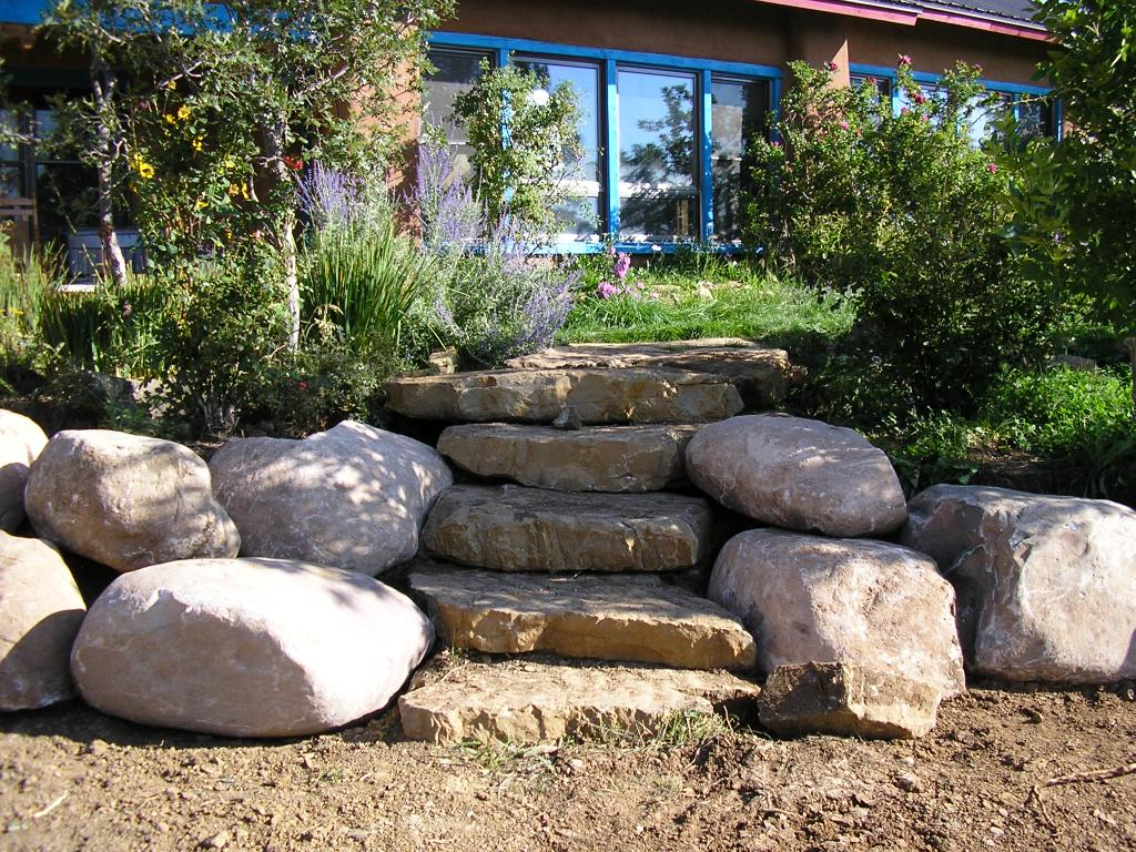 Boulders for large landscape rocks homesfeed for Landscaping rocks adelaide