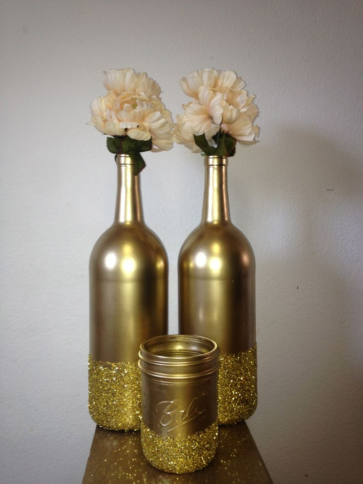 Wine bottle decorating ideas best prep for fall and for How to decorate a bottle with glitter