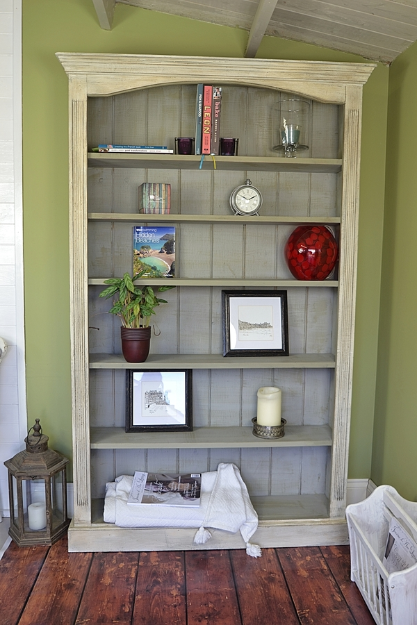 Shabby Chic Bookshelf How To Share Vintage Appeal Homesfeed