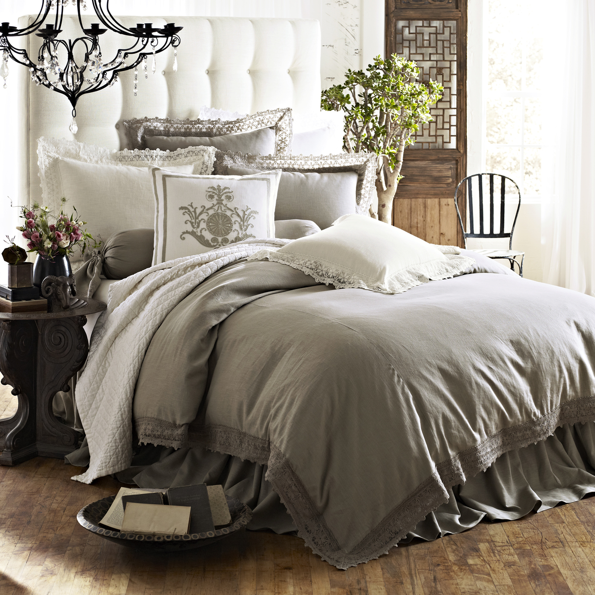 high end linens exhibiting luxurious vibes in your bedroom decoration homesfeed