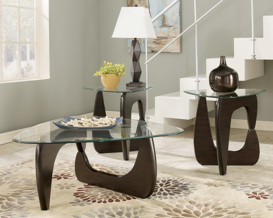 Modern And Stylish Cocktail Table Sets With Stylish Wooden Leg And Triangle  Glass Top Decorated With