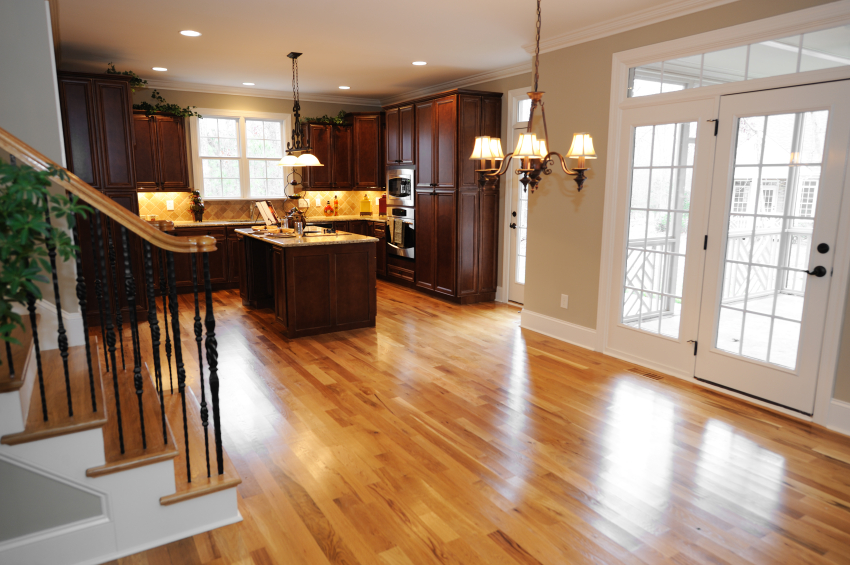 The engineered hardwood flooring pros and cons that you for Home hardwood flooring