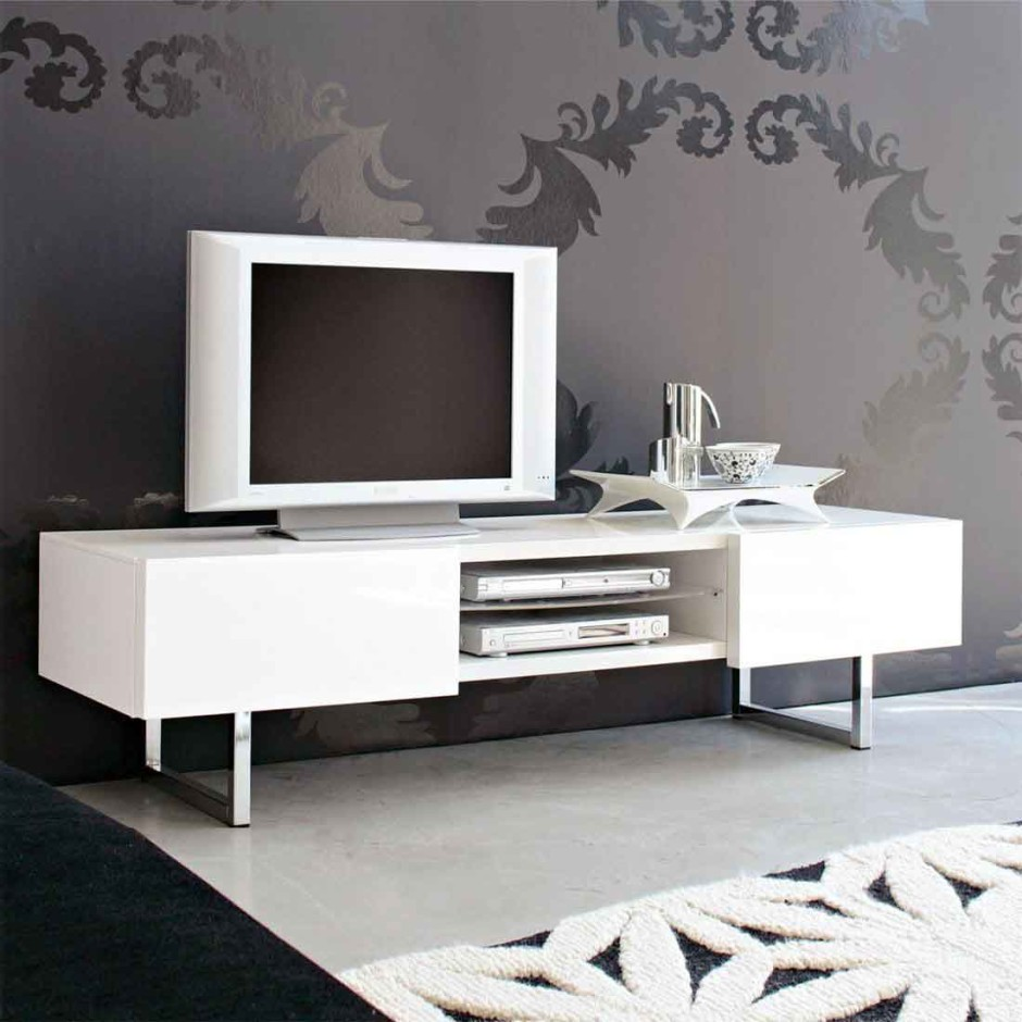 Modern Gray Exterior With Steel Beams: Perfect Ideas Of TV Stand To Aggress Interior With