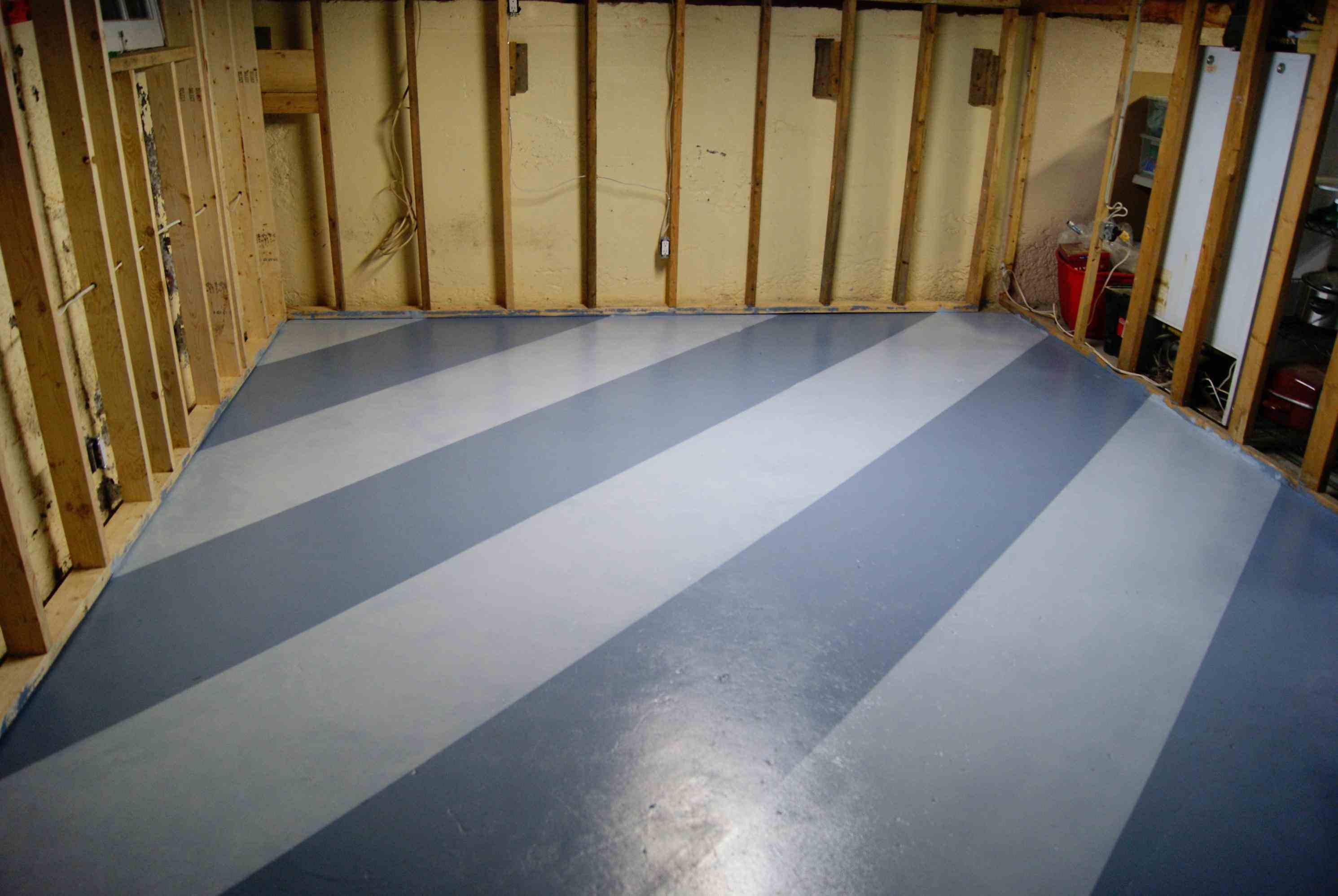 Steps for easy painting basement floors homesfeed Floor paint color ideas
