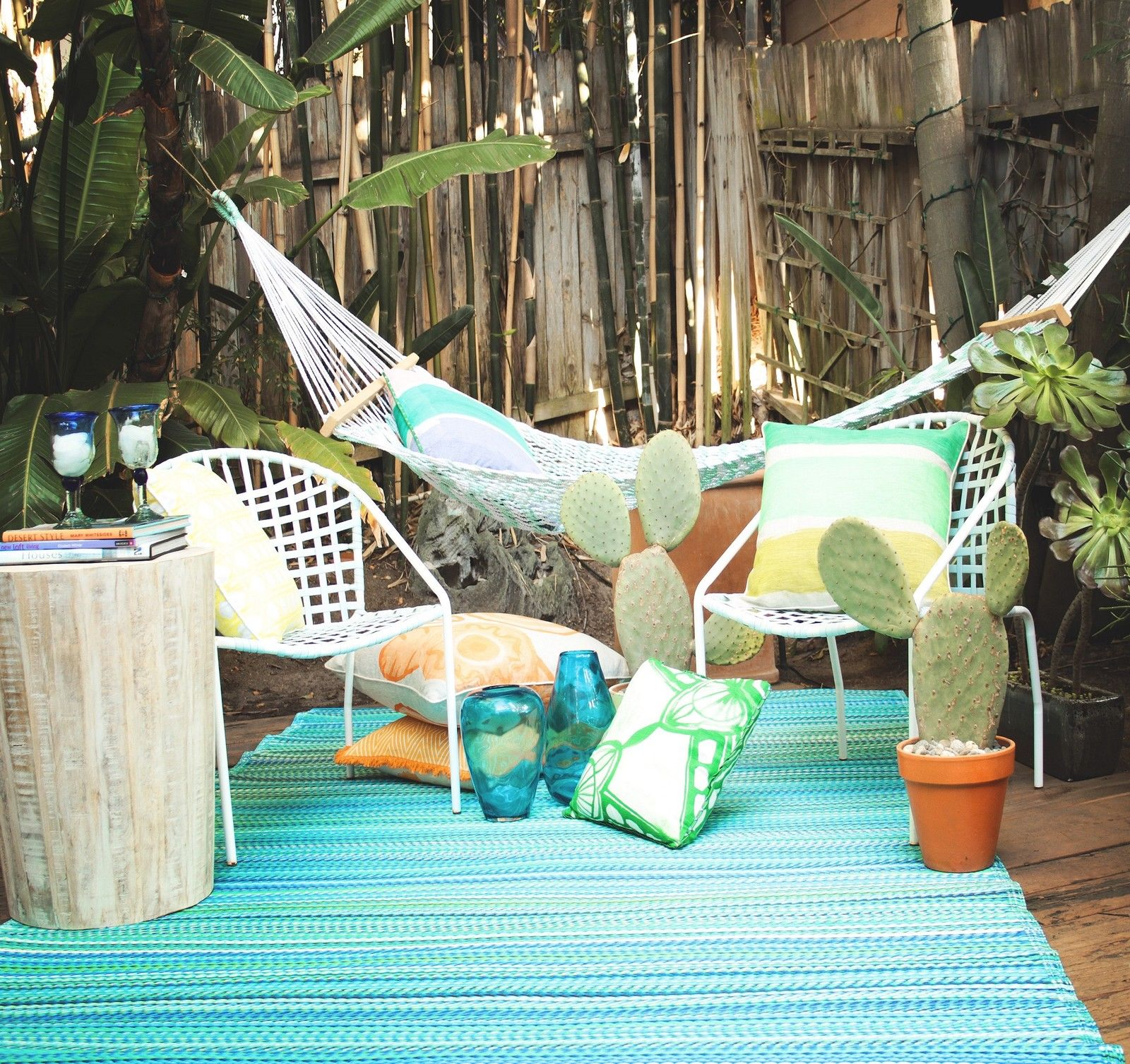 recycled plastic outdoor rugs environmentally friendly. Black Bedroom Furniture Sets. Home Design Ideas