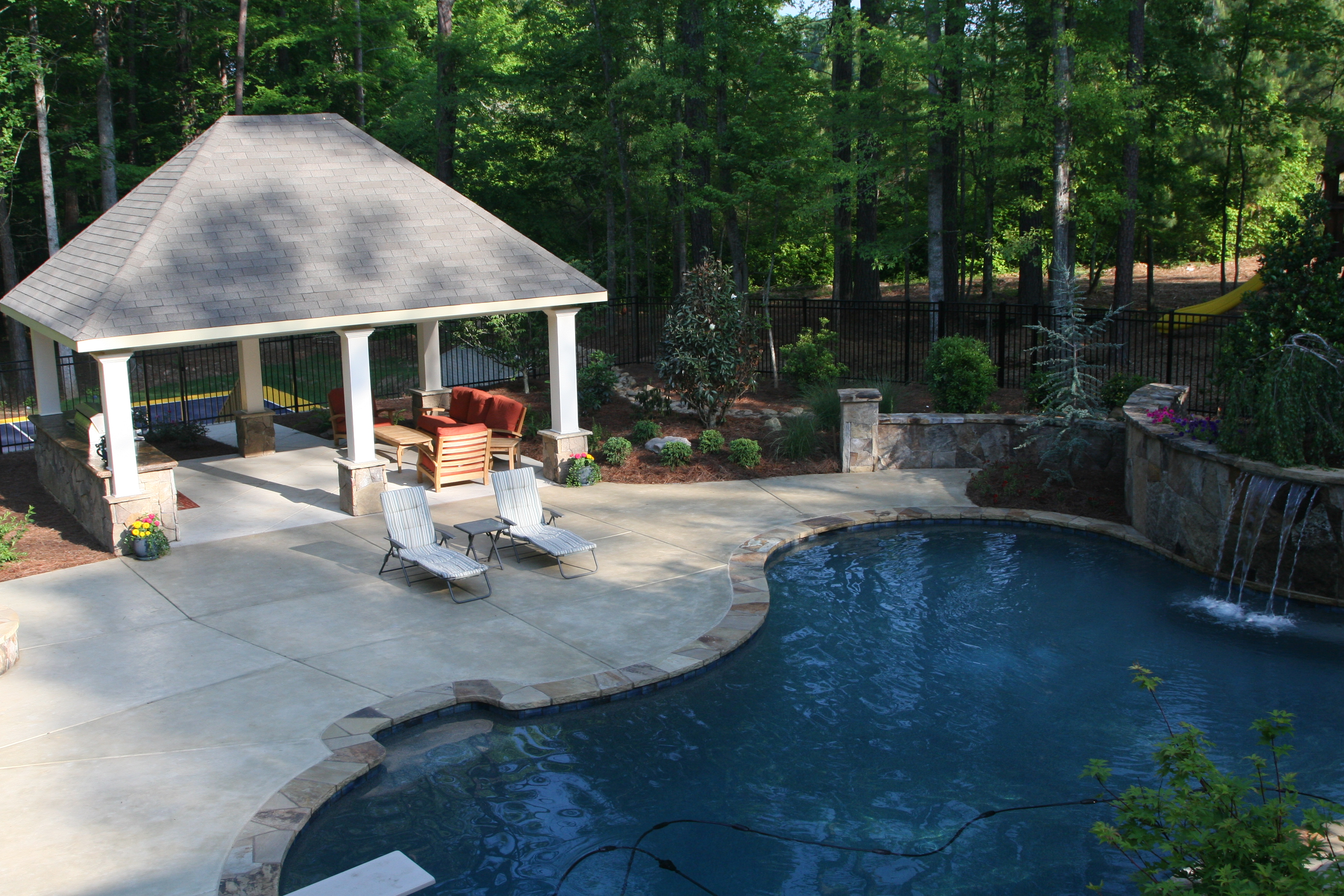 Modern Pool Pavilion Inspiration | HomesFeed