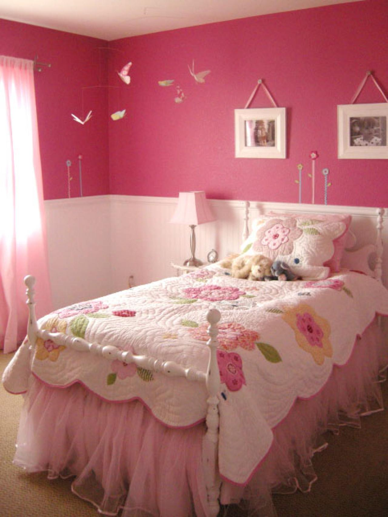 Pink Color Combinations Kids Bedroom Pastel Bedcover Pillows Light Wall Pictures
