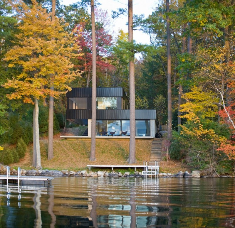 Small Lake House Plan the Nuance of Airy Vibe with Nice View