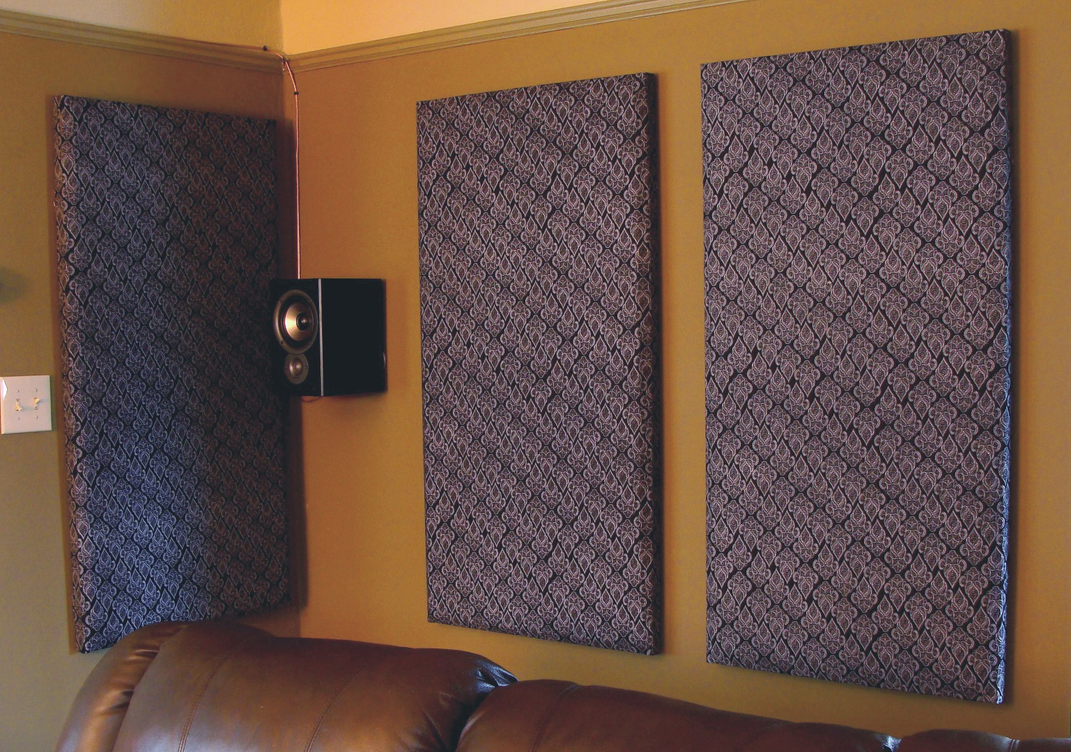 Soundproofing an Apartment to be a Good Neighbor | HomesFeed