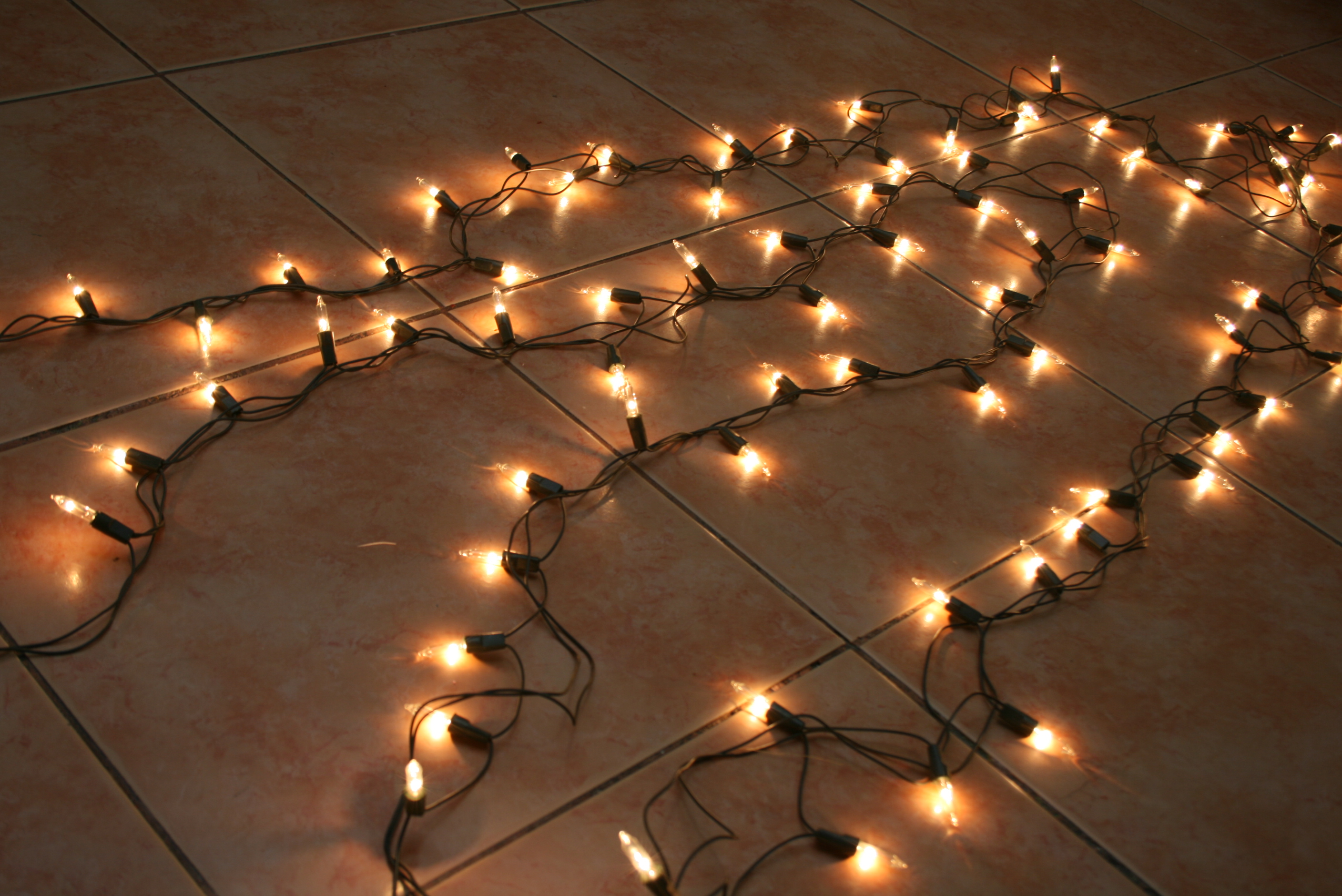 string lights lamps floor yellow