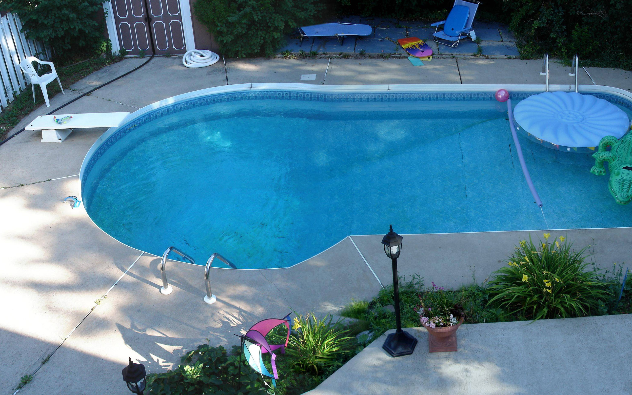 Swimming pool design for your beautiful yard homesfeed for Pool design 2015