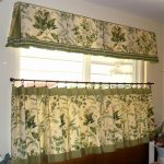 Traditional And Lovelt Half Window Curtains With Green Accent And Leaves And Polca Accent