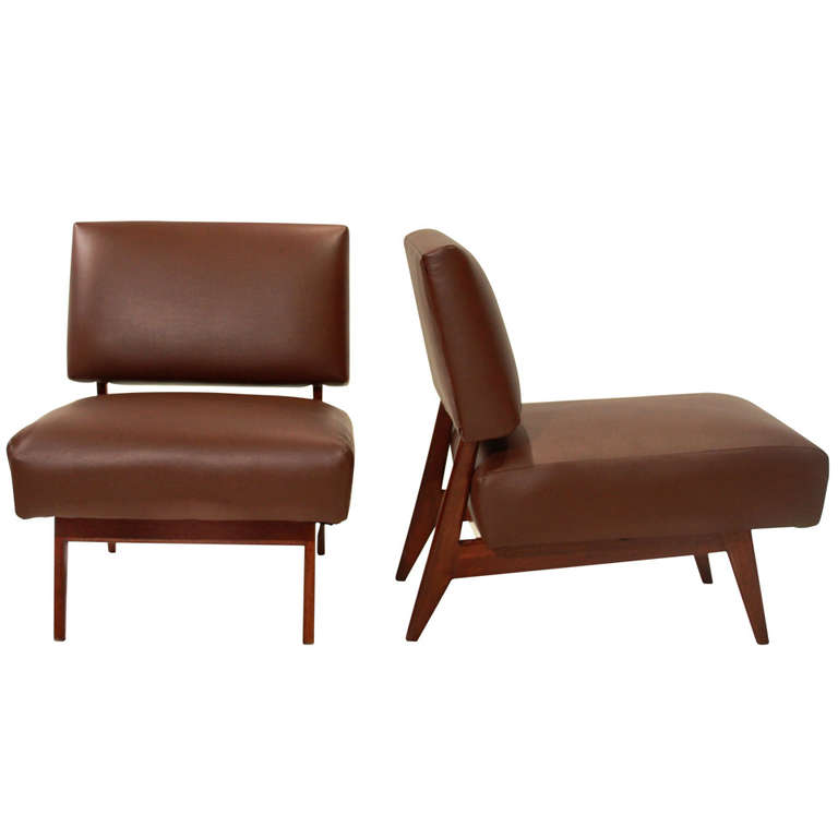 Superb Traditional Brown Leather Slipper Chair With Wooden Fram For Comfortable  Living Room Decorating Ideas