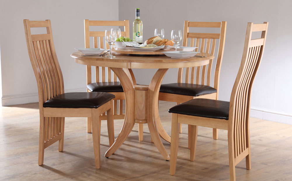 Traditional Round Kitchen Table Set For 4 Made Of Wood With Deck Style  Backrest And Black