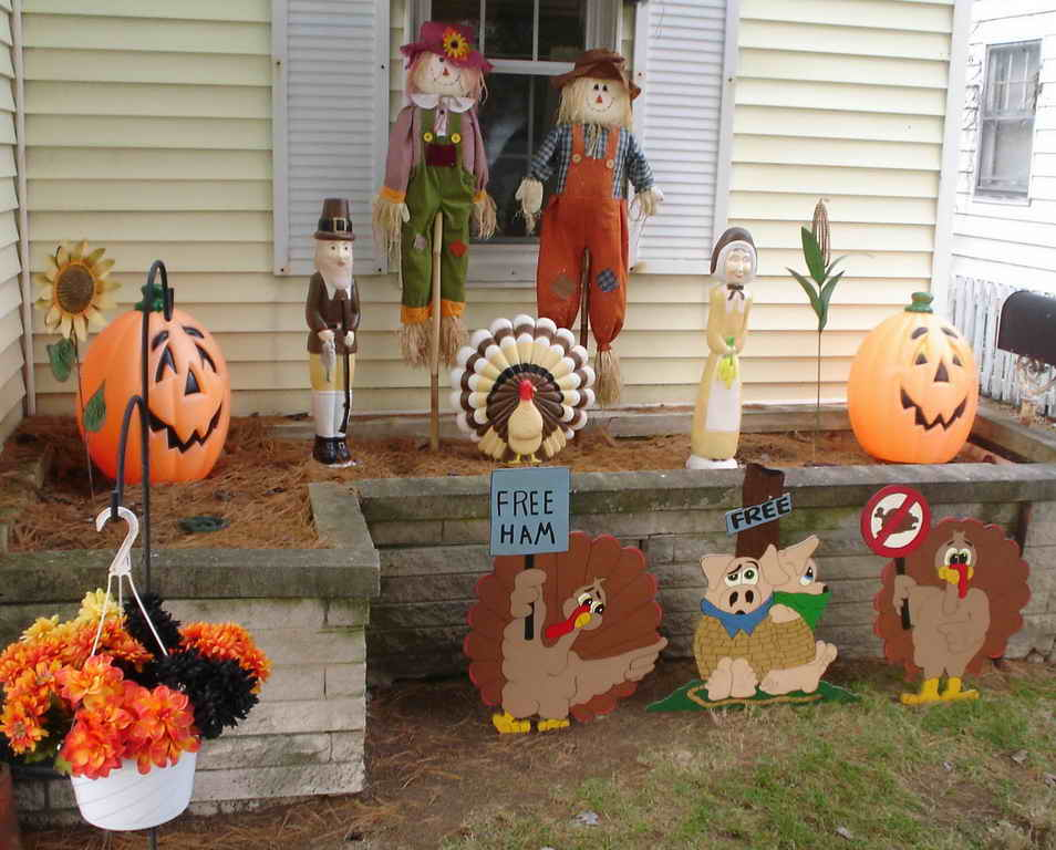 Outdoor thanksgiving decoration ideas that you must know for Thanksgiving home ideas
