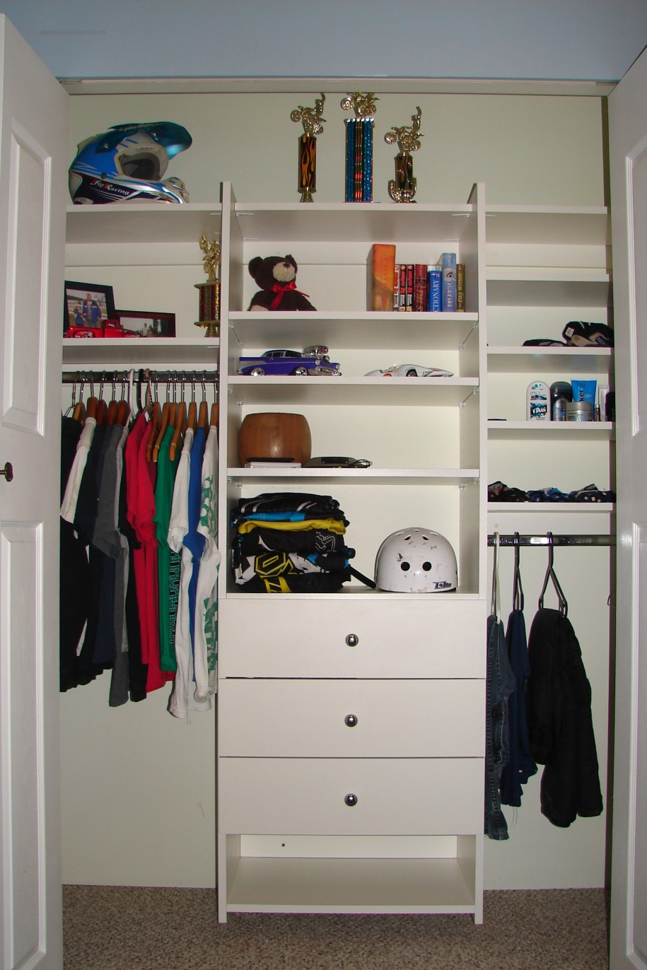 Closet organizer for small closet that you can apply at for Closet organizer small closet
