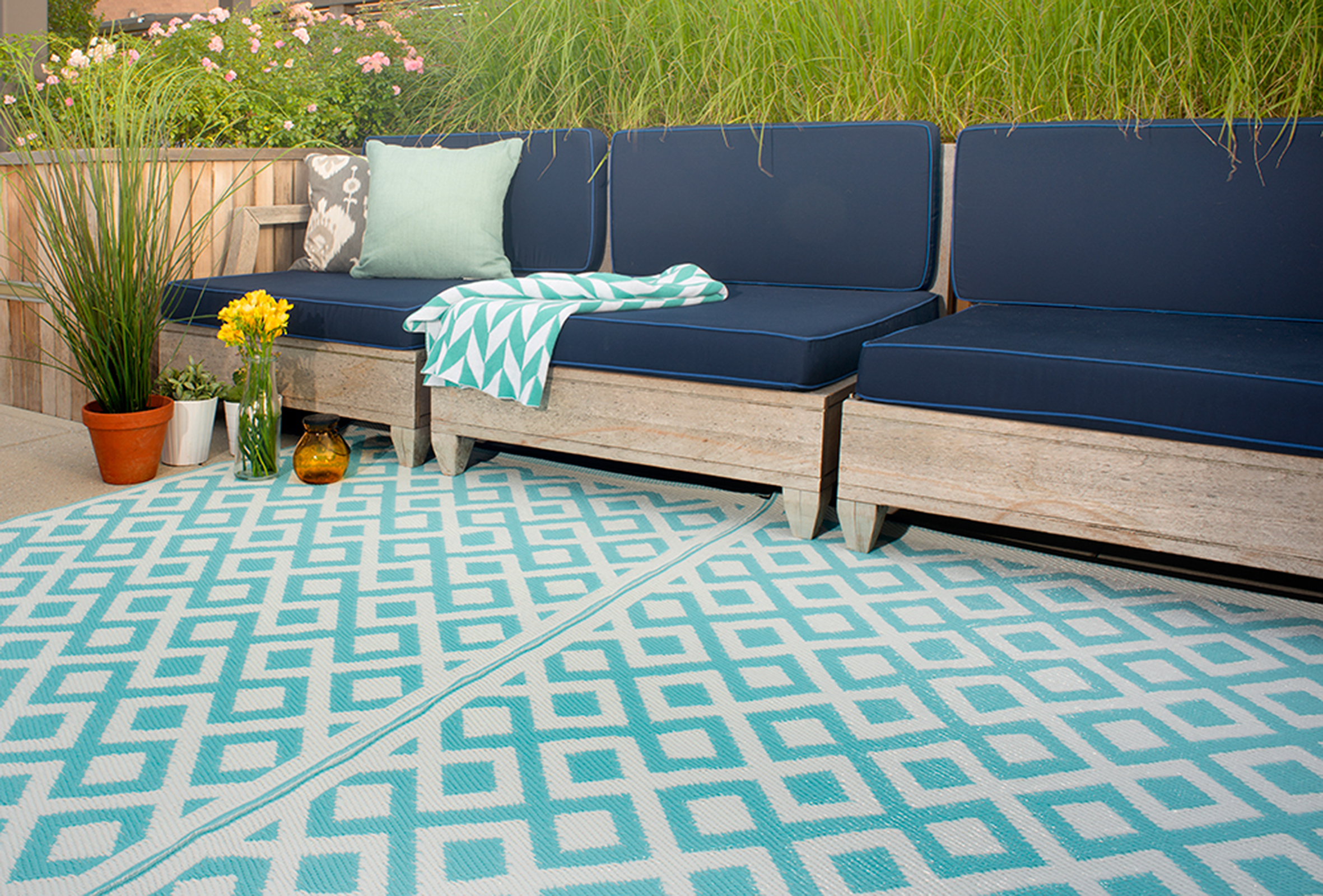 White Blue Motives Recycled Plastic Outdoor Rugs Bold Wooden Sofas Flowers Pots Green Gr