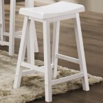 white wood bar stools in rectangular shape deorated in the kitchen plus soft ruf and solid floor