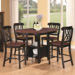 windows flower round table four chairs