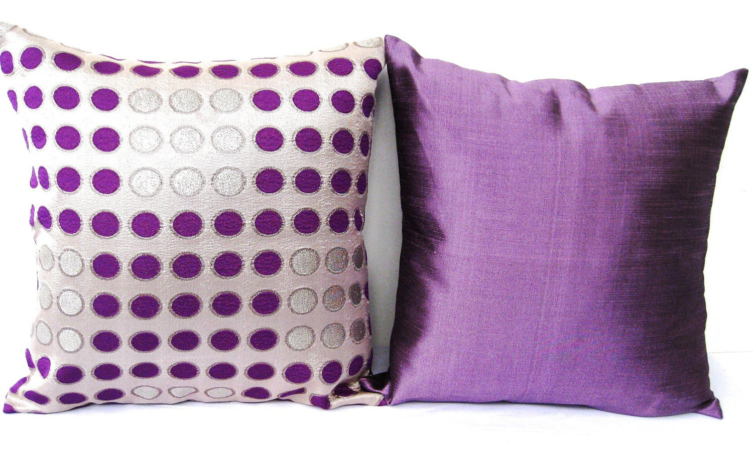 Purple Accent Pillow – Interior with Lovely Outlook | HomesFeed