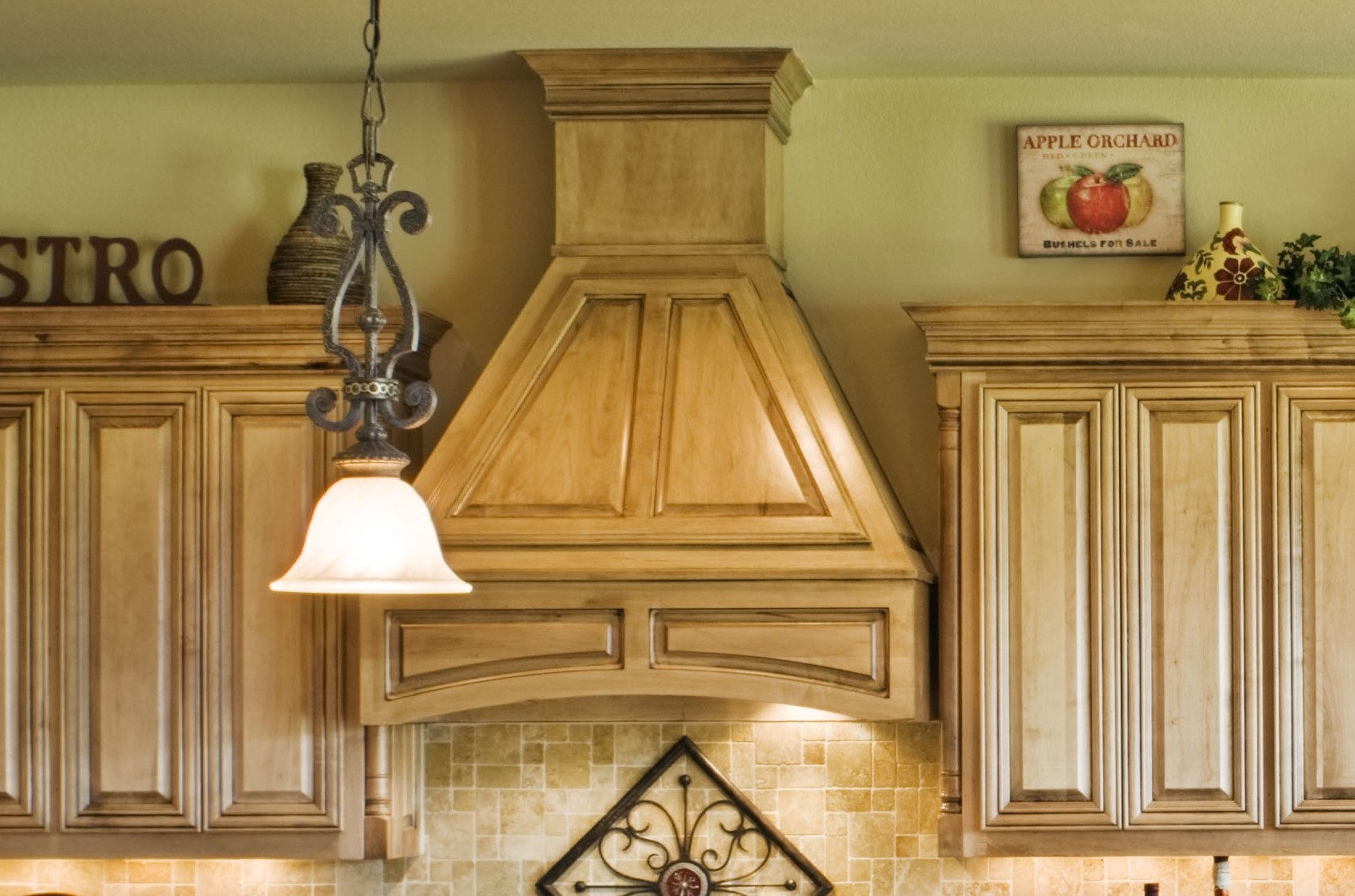 Wood Vent Hood For Modern And Traditional Kitchen Ideas Decorated Between  The Wooden Kitchen Cabinet Plus