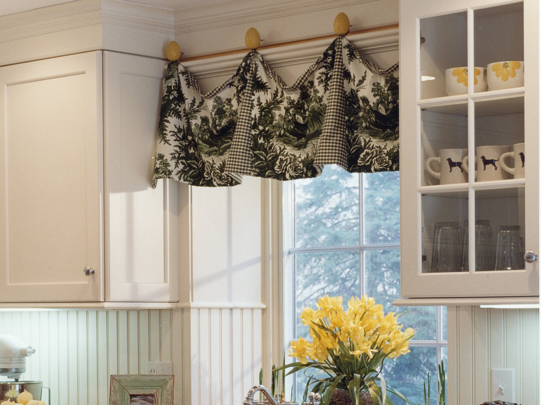 Window treatments for large kitchen windows - Beautiful Window Of Kitchen With Treatments Large Kitchen Window Treatments