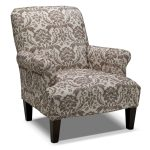 Big Damask Accent Chair With Cream Color