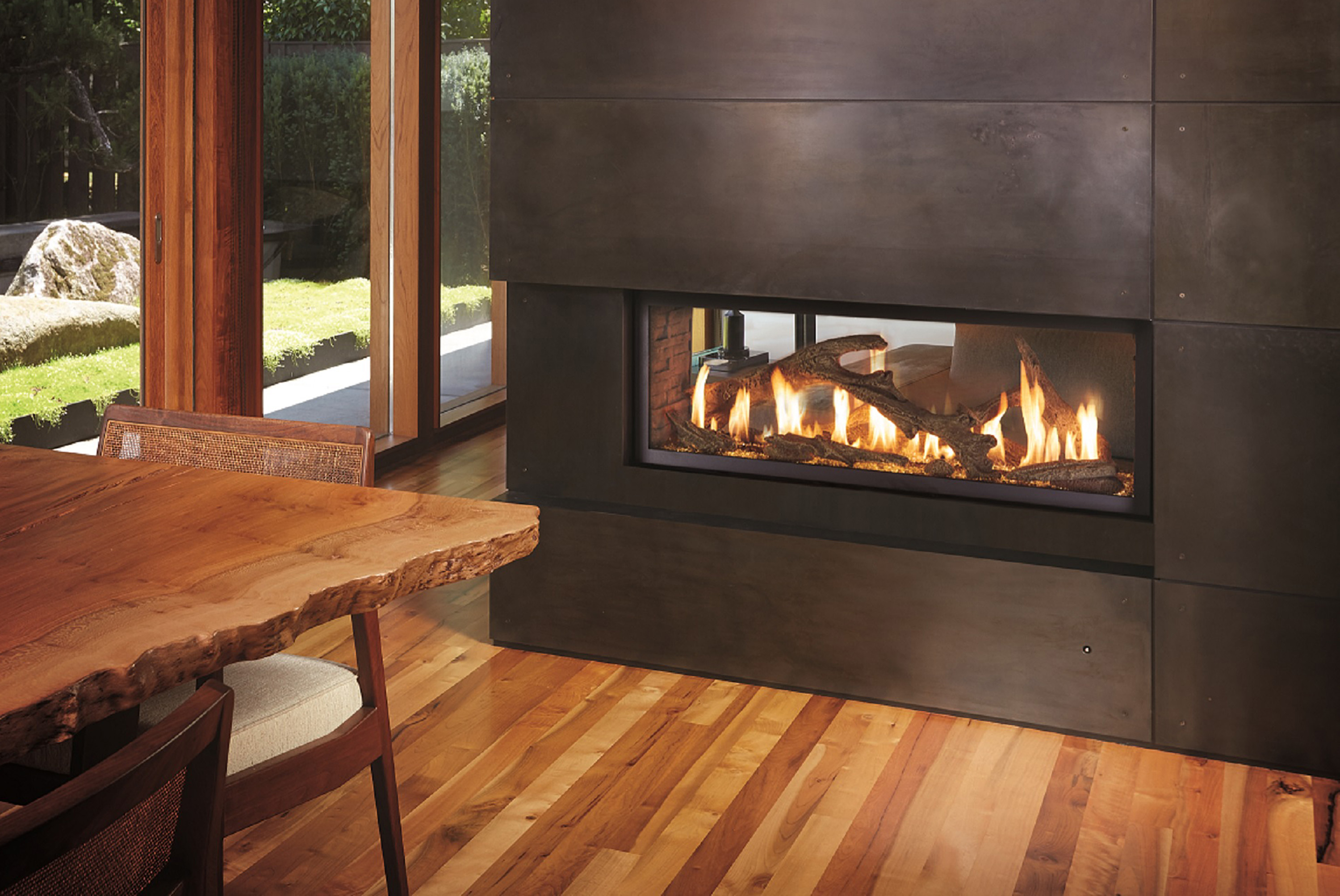 See through electric fireplace homesfeed for See thru fireplaces