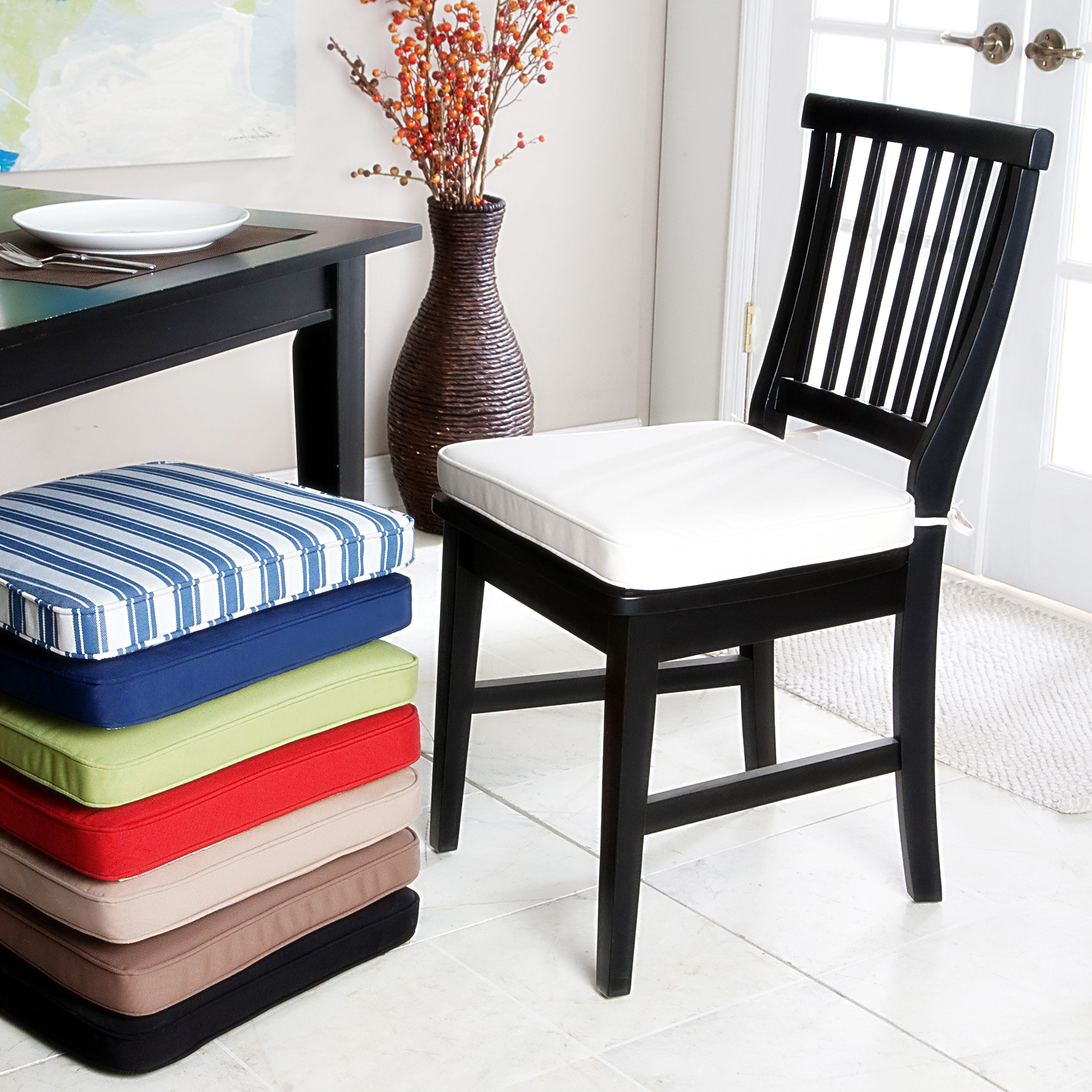 Wooden dining chairs with cushion - Kitchen Chair Cushions With Tieshomesfeed
