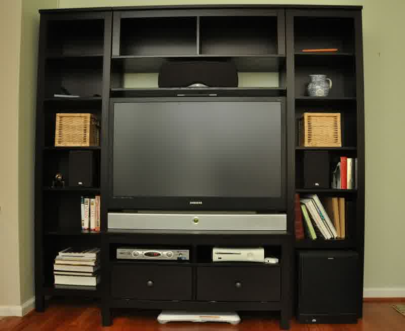 entertainment centers ikea designs and photos homesfeed. Black Bedroom Furniture Sets. Home Design Ideas