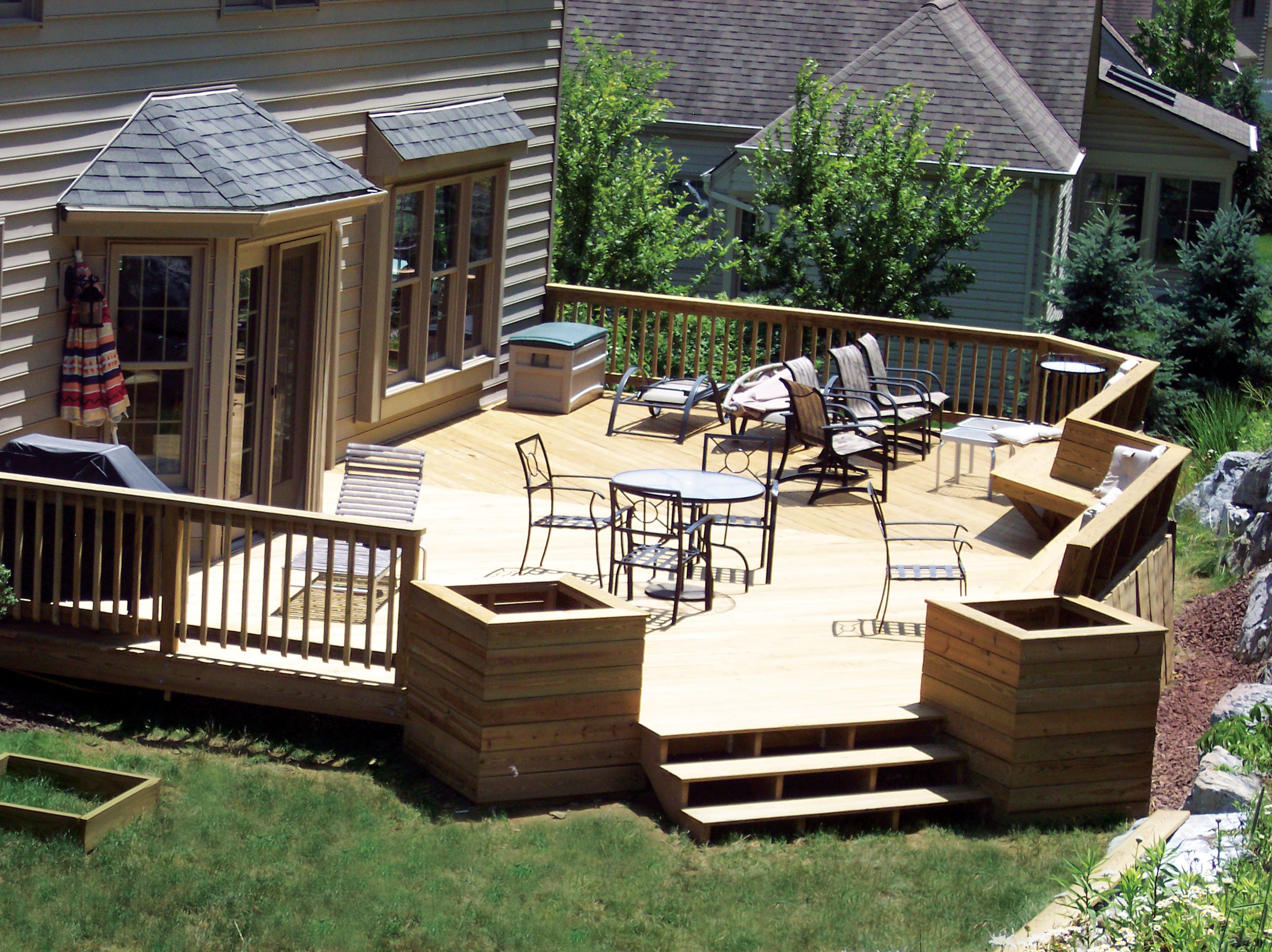 backyard decking ideas home deck designs homesfeed - Ideas For Deck Designs