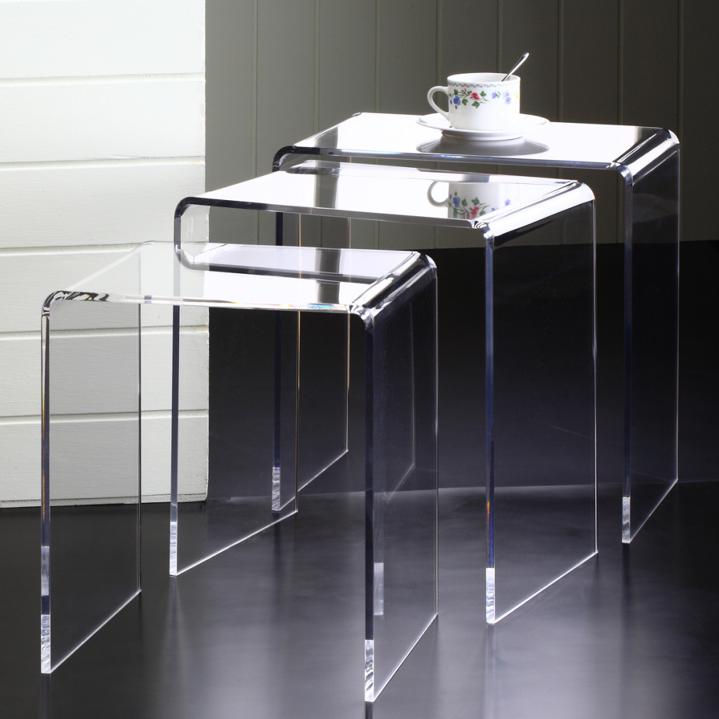 Clear nesting tables as side or end tables homesfeed Clear coffee table
