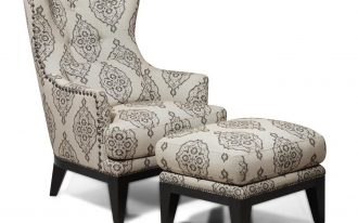 Comfortable Damask Accent Chair Design