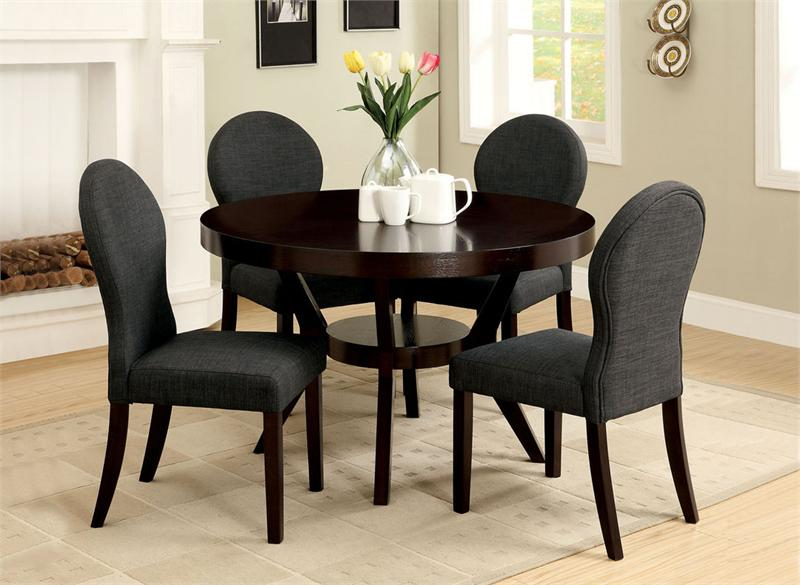 Round dining table set for 4 homesfeed for Dining table set designs