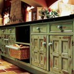 Distressed kitchen cabinets in shabby chic turquiso
