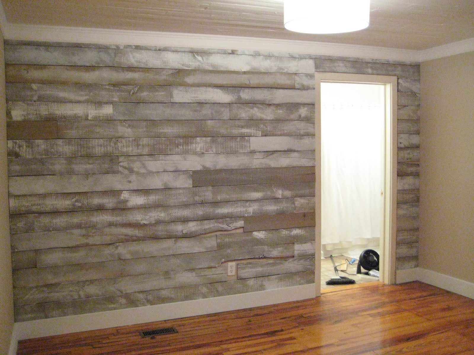 Wood wall covering ideas homesfeed for Faux wood siding