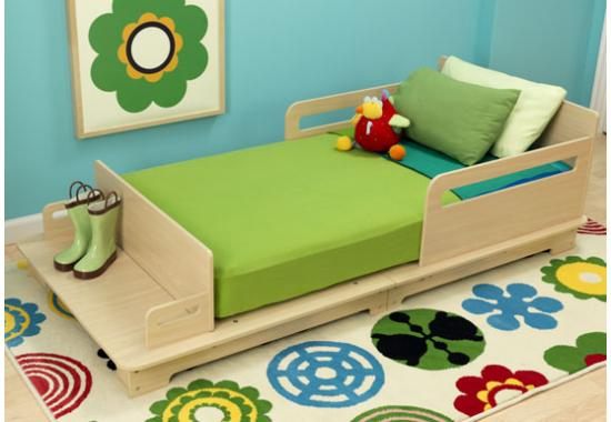 Contemporary Toddler Bed by KidKraft | HomesFeed