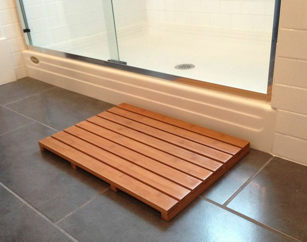 Hardwood Shower Mat Idea For Modern Bathroom