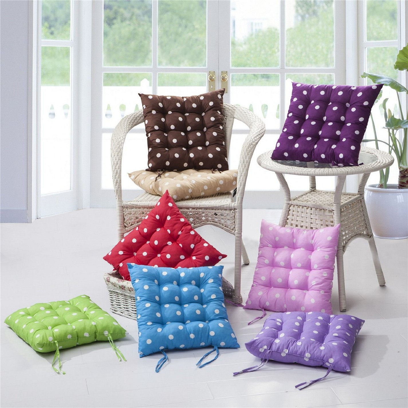 kitchen chair cushions with ties homesfeed. Black Bedroom Furniture Sets. Home Design Ideas