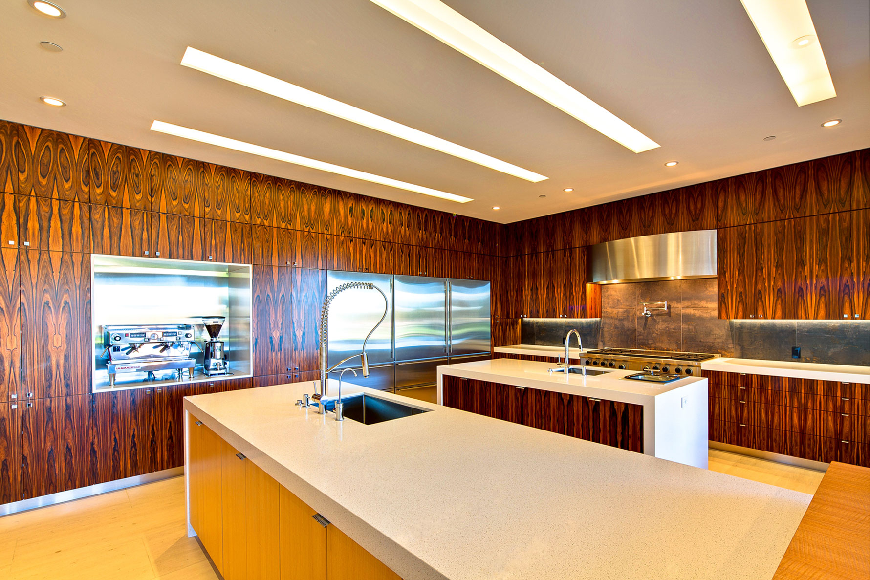 Wood wall covering ideas homesfeed - Kitchen wall covering options ...